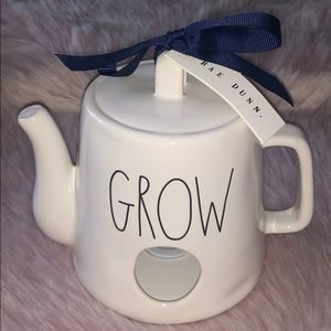 RAE DUNN  |  GROW Teapot Birdhouse